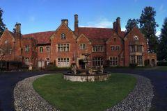 thornewood-castle